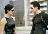 Keanu Reeves and Carrie Anne-Moss are officially returning for Matrix 4